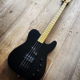Image du produit : Black-T 32′ Bass